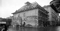 Dom pod Krzyżem. 1934.